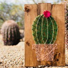 Barrel Cactus String Art - DIY Projects at Stencil - Deco Cactus, Cactus Decor, Cactus Plants, Indoor Cactus, String Art Templates, String Art Patterns, Cactus Craft, Nail String Art, String Crafts
