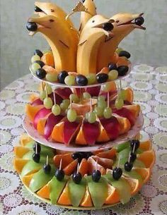 Best fruit vegetable veggie tray ideas for parties fun vegan food recipes Fruit Decorations, Food Decoration, Fruit Centerpieces, Party Trays, Snacks Für Party, Sea Party Food, Beach Snacks, Parties Food, Cute Food