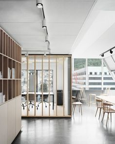 The workshop behind the scenes  / Eriksen Skajaa Architects