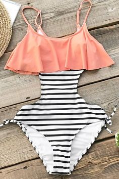 Summer bathing suits, summer swimwear, cute bathing suits, vacation out Bikini Floral, Bikini Modells, Curvy Bikini, Summer Bathing Suits, Cute Bathing Suits, Cute One Piece Swimsuits, One Piece Swimwear, Trendy Swimwear, Summer Swimwear