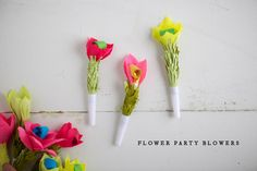 """Nothing says """"PARTY!"""" better than balloons + flowers. These flower party blowers are a great DIY for your next event. Party Blowers, Party Favors, Diy Flowers, Paper Flowers, Party Deco, 1st Birthday Party For Girls, Birthday Ideas, Party Entertainment, Diy Party"""