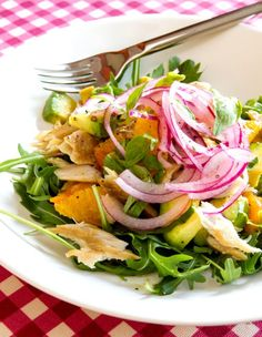 Salát s uzenou makrelou, pomerančem a avokádem Potato Salad, Cabbage, Salads, Tacos, Potatoes, Fresh, Chicken, Vegetables, Fit