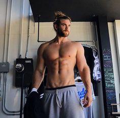 Brock O'Hurn aka real-life Thor just confirms my homosexuality.