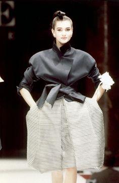 Fondazione Gianfranco Ferré / Collezioni / Donna / Alta Moda / 1987 / Primavera / Estate