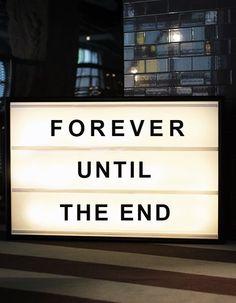 Forever until the end lightbox från Bxxlght hos ConfidentLiving.se