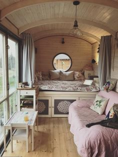 Container House Design, Tiny House Design, Tiny Spaces, Small Rooms, Tiny House Living, Small Living, Home Interior Design, Interior Architecture, Small Cottage Interiors