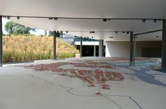 Der Archäologische Park Carnuntum im Juli 2014 - Modell: Im Vordergrund die Zivilsiedlung (canabae) des Legionslagers, in der Mitte das Legionslager und weit im Hintergrund die eigentliche Stadt (municipium) Carnuntum