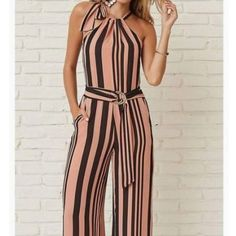 No Delays Stripe Jumpsuit Look Fashion, Hijab Fashion, Fashion Dresses, Womens Fashion, Fashion Design, Classy Outfits, Casual Outfits, Look Chic, Trendy Dresses
