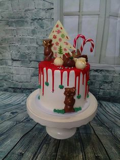 Christmas drip cake made by Kate welsh