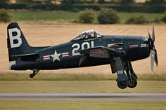 Grumman Aircraft, Navy Aircraft, Ww2 Aircraft, Fighter Aircraft, Military Aircraft, Fighter Jets, Air Festival, Vintage Airplanes, Vintage Room