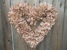 I love this shabby chic heart wreath! #wreath #heart #valentines
