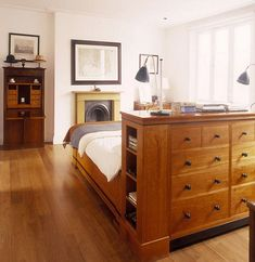 bedroom flooring These 7 small bedroom storage ideas will blow your mind and make your bedroom the functional space that it needs to be. Floating Headboard, Floating Bed, Home Bedroom, Master Bedroom, Bedroom Decor, Bedroom Divider, Bedrooms, Bedroom Dressers, Bedroom Furniture