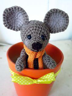 Eduard Amigurumi Mouse by Orangefrau