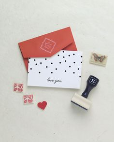 The Confetti Fun Folded Notes give a girly and fun feel to your stationery wardrobe. #personalizedstationery #customstationery #thankyounotes #thankyoucards #thankyou #stationery #personalizedstationery #customstationery #thankyounotes #thankyoucards #thankyou #stationery