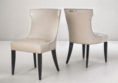 One Arts Plain Chair