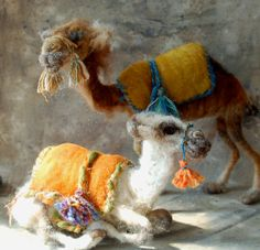Reserved for Monica White Needle Felted Camel von SarafinaFiberArt