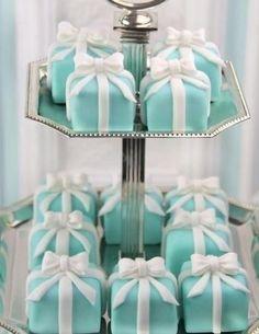 Mini Tiffany cakes!