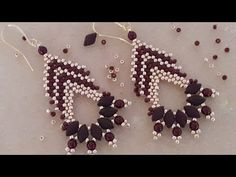 Seed Bead Tutorials, Beading Tutorials, Beading Patterns, Bracelet Patterns, Seed Bead Necklace, Beaded Earrings, Beaded Jewelry, Beaded Bracelets, Stretch Bracelets