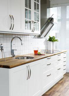 Lantligt kök. Modell: Ram, Färg: Äggskal   NordDesign Kök Kitchen Cabinets, Inspiration, Home Decor, Biblical Inspiration, Decoration Home, Room Decor, Cabinets, Home Interior Design, Inspirational