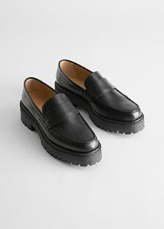 Chunky Leather Penny Loafers - Black - Loafers - & Other Stories DK Lv Loafers, Chunky Loafers, Loafers Outfit, Black Loafers, Penny Loafers, Leather Loafers, Lv Shoes, Cute Shoes, Dress Shoes