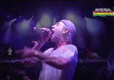 "Matisyahu sings ""Jerusalem"" in face of anti-Israel protesters at Spanish Festival"