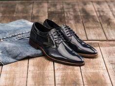 REHAB Baily Patent Indigo #rehabfootwear #neveroutofstyle #handcrafted #pointednoose #highquality #comfortable #black #qualityshoes #dressy