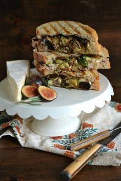 Fig and Roast Chicken Brie Panini - www.countrycleaver.com