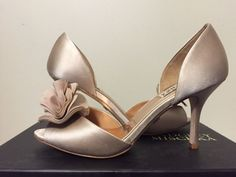 Badgley Mischka Thora Nude Satin Chiffon Women's Dressy Evening Heel Pump 7.5 M #BadgleyMischka #FashionDressyEveningHeelsPeepToePumps #BridalorWeddingEveningFormal