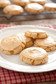 Browned Butter Crinkle Cookies with Salted Caramel Frosting - Cooking Classy