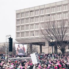 Lost a handful of followers yesterday after posting photos from the #womensmarchonwashington. That's ok. I want to surround myself with people who believe that #womensrightsarehumanrights // Listening to @scarlettjohannson speak about her @plannedparenthood experience.         #whyimarch #marchonwashington #womensmarch #womensmarchonwashington #thefutureisfemale #deleteyouraccount #deleteyourpresidency #imwithher #imstillwithher #acreativedc #bythings #protestsigns #protest #resistance…