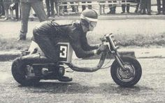 The Scooterist: Randon scooter pictures Weird Pictures, Vintage Pictures, Vintage Cafe Racer, Lambretta Scooter, Scooter Parts, Cafe Racer Motorcycle, Yamaha, Old Things, Racing