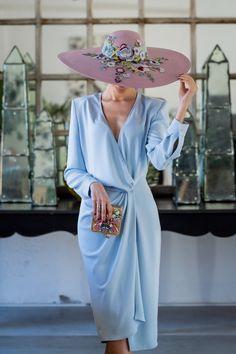 Look invitada boda 2019 vestido azul comunion pamela lila Outfits With Hats, Dress Outfits, Fashion Outfits, Womens Fashion, Weeding Dress, Royal Clothing, Special Occasion Outfits, Daily Dress, Fashion Sewing