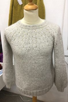 Smil genser strikket i Alpaca Bris fra Viking