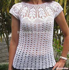 Fabulous Crochet a Little Black Crochet Dress Ideas. Georgeous Crochet a Little Black Crochet Dress Ideas. Blouse Au Crochet, Débardeurs Au Crochet, Pull Crochet, Gilet Crochet, Black Crochet Dress, Crochet Shirt, Crochet Girls, Crochet Woman, Crochet Cardigan