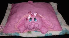 NANINHA COELHA!!! Tecido Poá e toalha, olhos pintados!!! Feito por mim!!! LINDAAAAA!!!
