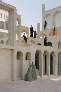 The Maze - Uterqüe Worldwide Architecture Ombre, Plan Concept Architecture, Shadow Architecture, Minimalist Architecture, Facade Architecture, Organic Architecture, 3d Sidewalk Art, Figure Photography, Facade Design
