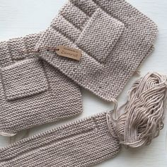 Photos and Videos Knitting Basics, Easy Knitting, Crochet For Boys, Crochet Baby, Diy Crafts Crochet, Knit Vest Pattern, Kids Poncho, Knitted Blankets, Baby Knitting Patterns