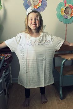 last day of school, use fabric markers to make it look like lined paper then in marging list pre-k to grade. Have your child write their name each year. Make sure the shirt is an adult size so when they graduate it will fit. Kindergarten Shirts, Kindergarten First Day, Kindergarten Graduation, Pre K Graduation, Graduation Shirts, Graduation Pictures, Graduation Ideas, First Day Of School Pictures, School Photos