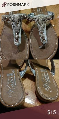 Shoes Gold and silver sandals Katia Shoes Flats & Loafers