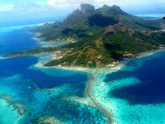 Blog OMG I'm Engaged - Lua de mel com bangalôs sobre as Águas em Bora Bora. Honeymoon in Bora Bora.