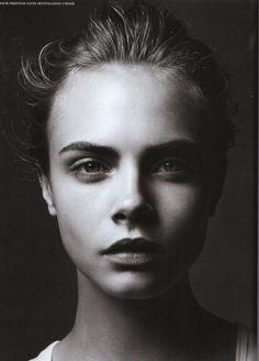 Foto: Simon Emmett Makeup: Maxine Leonard Models: Cara Delevingne Rembrandt driehoek, Rembrandt belichting volgens Minus Huynh