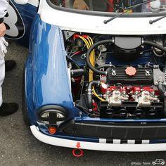 Mini Coopers, Mini Stuff, Motor Engine, Modified Cars, Small Cars, Classic Mini, Mini Me, Cool Cars, Race Cars
