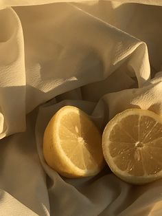 | Photo by Sofie Hoeyer Lime, Fruit, Photography, Food, Limes, Photograph, Fotografie, Essen, Photoshoot