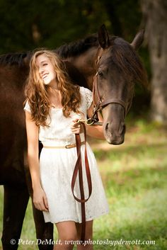 Horse and rider pose. Natalie and her horse Leo have a wonderful relationship that I was able to capture during her senior portrait session near Hamilton, Ohio. http://www.photosbypdemott.com