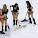 Wrist shots: Flyers say no bracelets for Game 4 (Yahoo Sports)