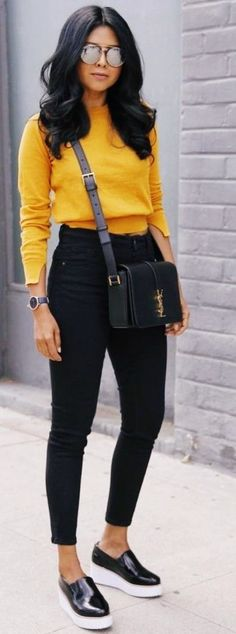 These Pullover are made to bring your style from basic to actually fab in moments. Get inspired Pullover - Outfit Everyday Casual Outfits, Cute Fall Outfits, Winter Fashion Outfits, Fashion Spring, Fall Fashion 2018, Fashion Clothes, Spring Outfits, Winter Outfits 2017, Cute Sweater Outfits