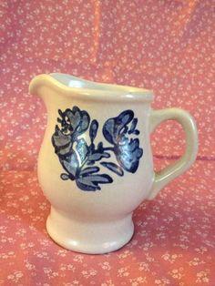 PFALTZGRAFF YORKTOWNE Creamer Cream Pitcher Gray w/ Blue Flowers Floral 24Y #Pfaltzgraff #Yorktowne #Creamer #CreamPitcher
