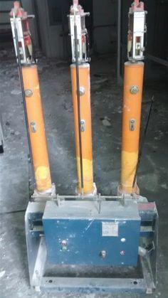 A empresa que realiza a manutenção de disjuntores de média tensão faz diversos serviços no equipamento, visando que ele fique completamente apto para ser usado