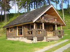 Casas rusticas prefabricadas. Más información sobre este y otro tipo de casas prefabricadas en: casasprefabricadasya.com #casas #prefabricadas #baratas #madera #diseño