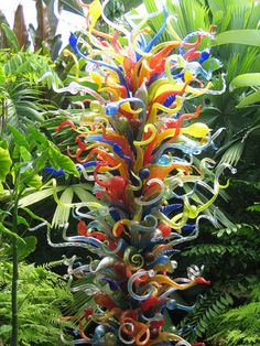 Dale Chihuly Botanical Garden Piece